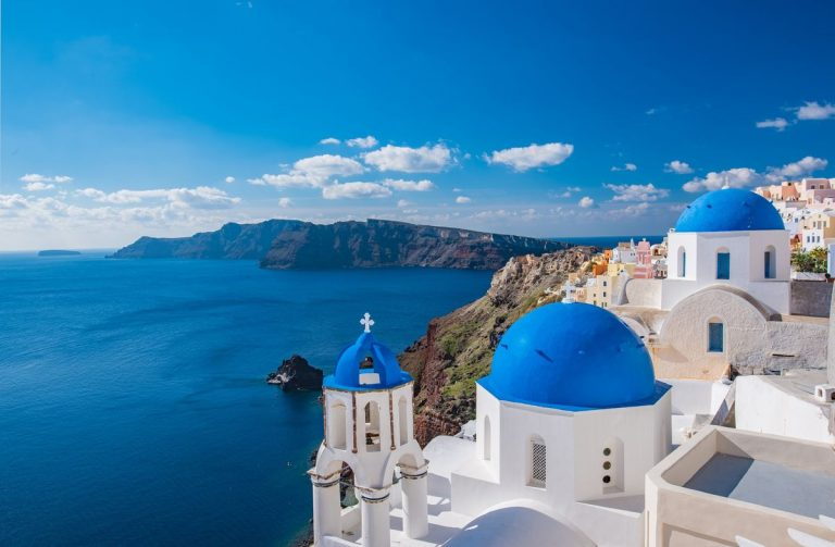 Get VAT-exempt real estates in Greece for an EU permanent residence permit